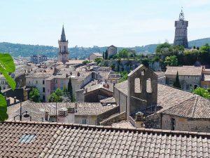 http://conseils-citoyens-draguignan.org/wp-content/uploads/2017/09/Draguignan-Centre-Ancien-300x225.jpg